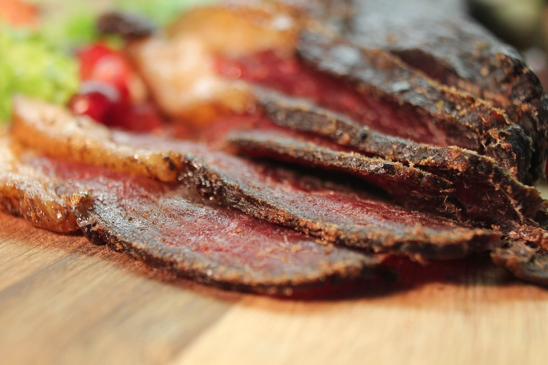 Survival Food: 5 Easy And Cheap Ways To Make Jerky At Home